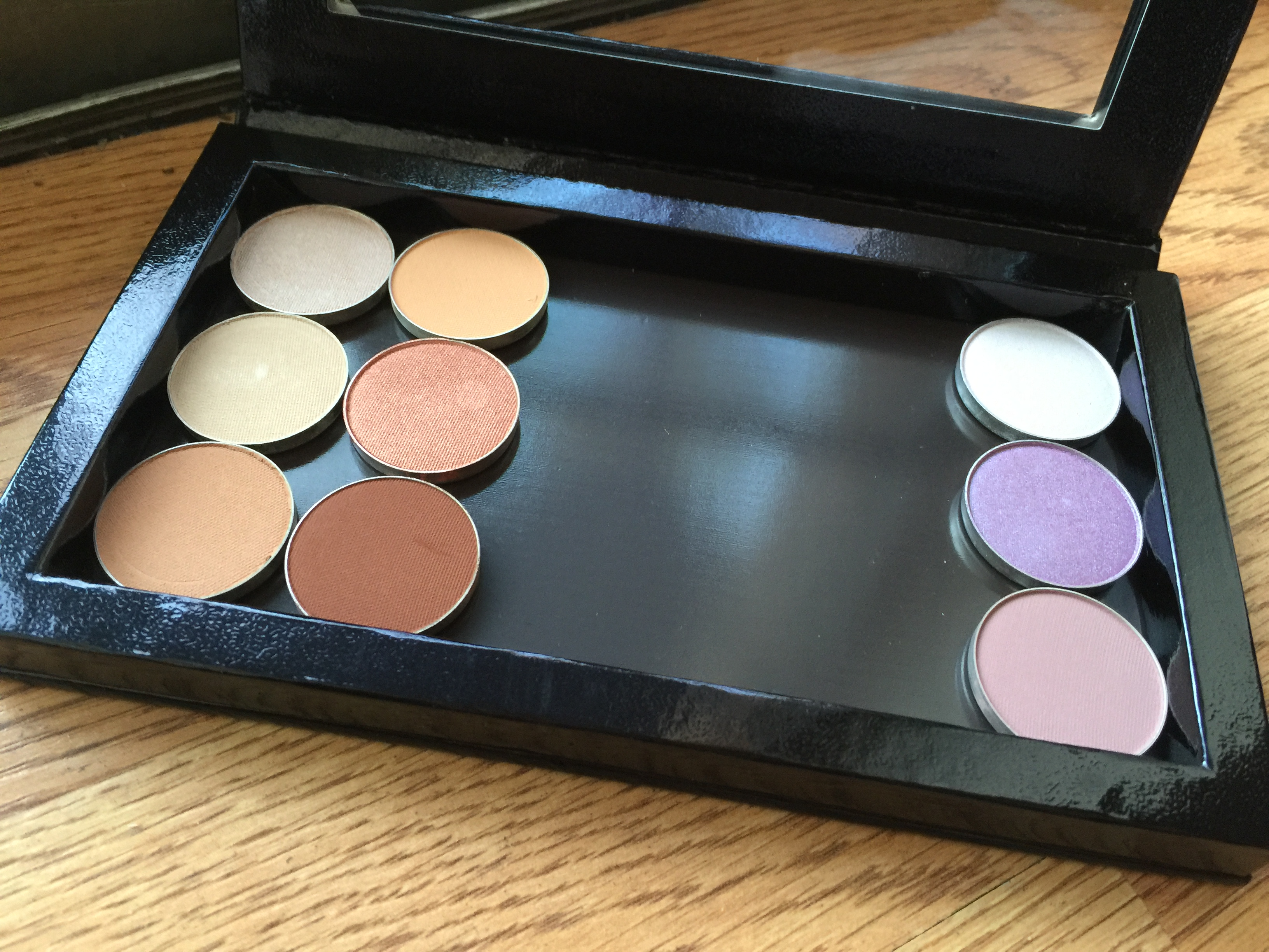 makeup geek eyeshadow palette