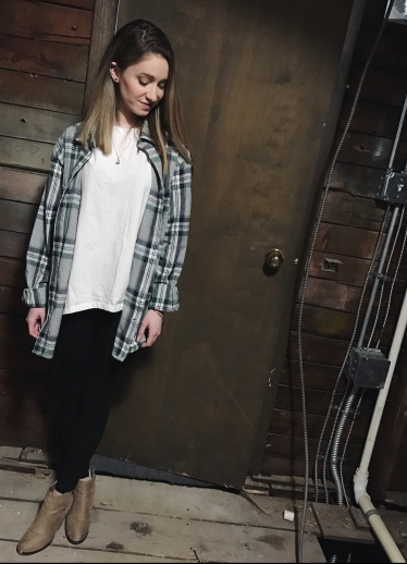 oversized flannel outfit