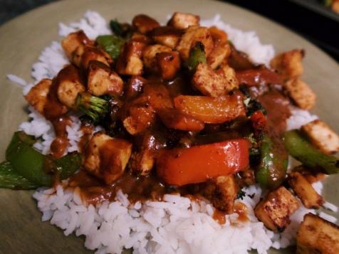 tofu and peanut sauce stir fry